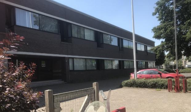 <p>Het voormalige belastingkantoor in de Gildenwijk</p>
