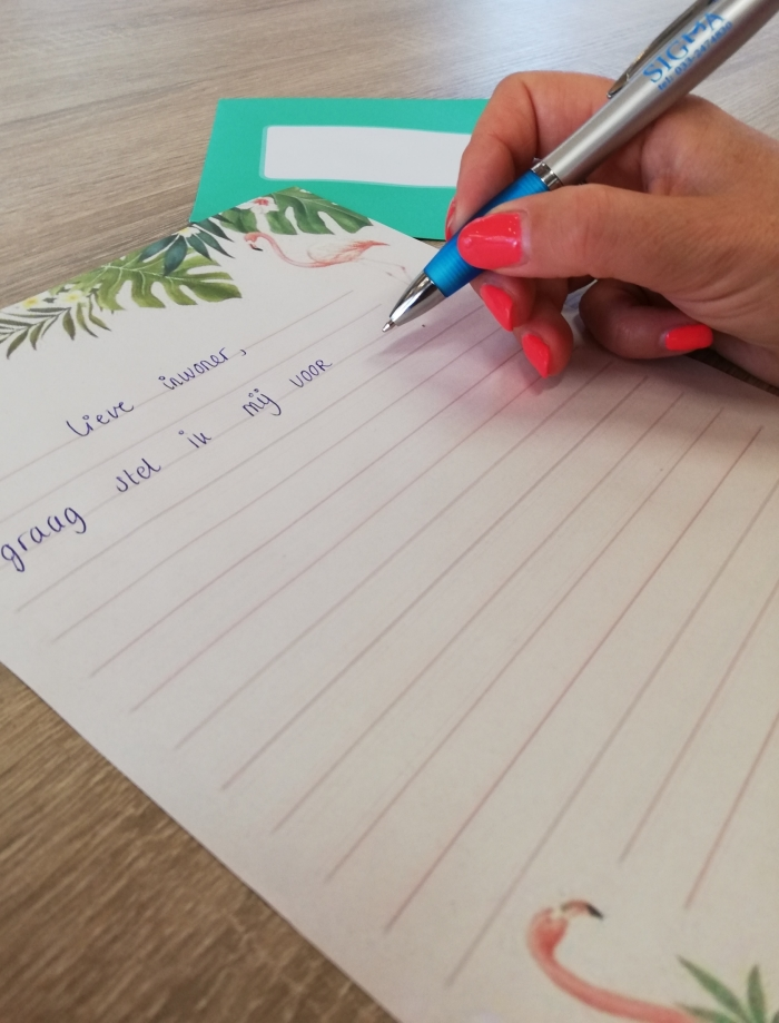 Inwoner die brief schrijft