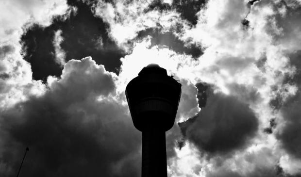 <p>Donkere wolken Schiphol en dus ook boven Haarlemmermeer.&nbsp;</p>