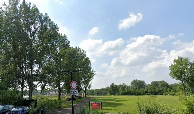 De schaatsbootcamp vindt plaats op het terrein van de landijsbaan bij het raadhuis.