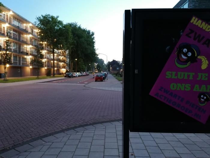 Posters Engelandlaan  Zwarte Pieten Actiegroep  © BDU media