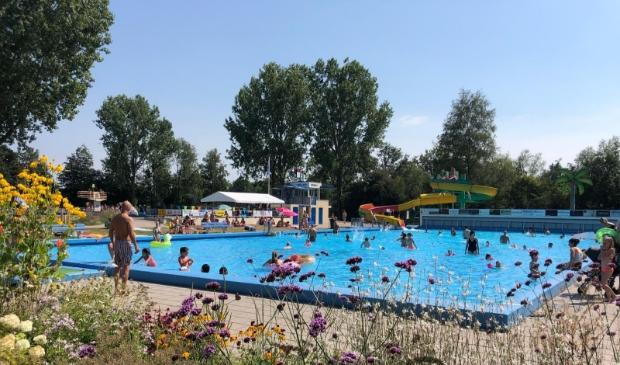 <p>Aantrekkelijk aan Scherpenzeel is bijvoorbeeld dat er een openluchtzwembad is.&nbsp;</p>
