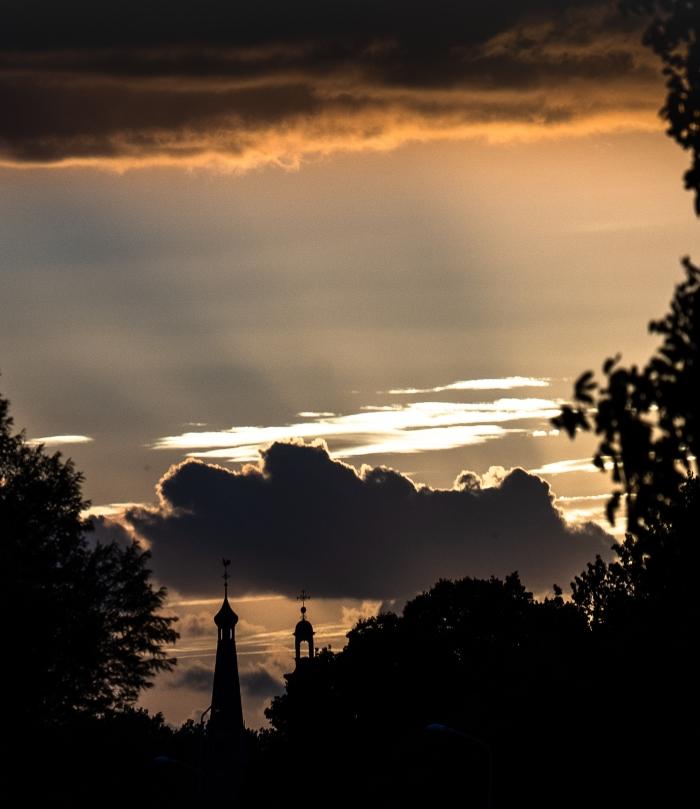 De torens komen tot in de wolken Wim den Besten © BDU Media