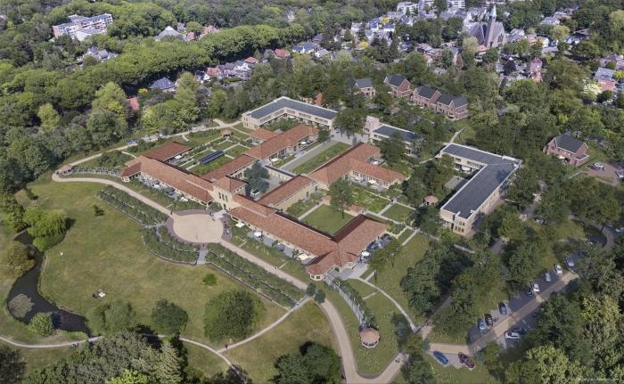 In verkoop: 28 tweelaagse terraswoningen en 10 twee-onder-een-kapvilla's