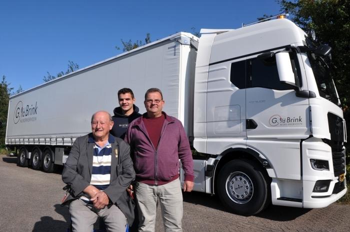 Drie van de vier generaties Van den Brink Tim de Jong © BDU Media