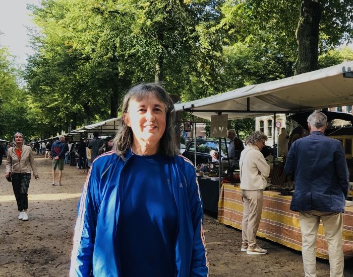 Alice de Nijs, organiseert zaterdag 3 oktober de laatste Dreef Antiekmarkt van het seizoen.