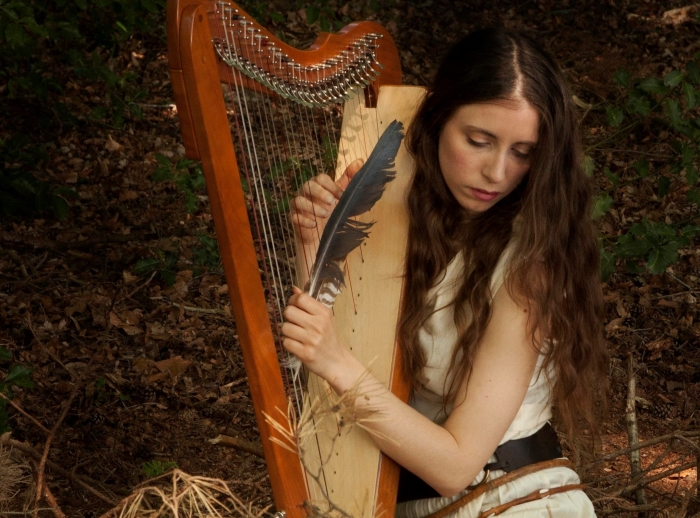 De Italiaanse harpiste Fralalai