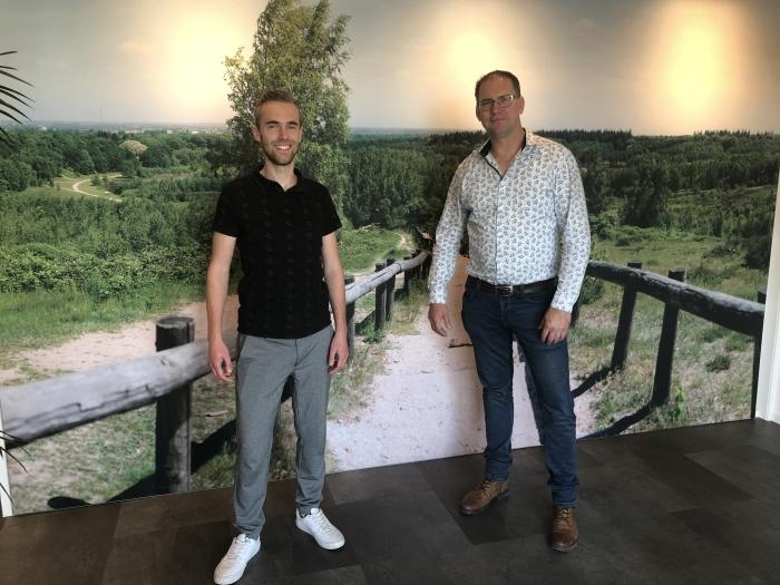 Laurens van den Berg (links), recruiter en Reinier Ploeg (rechts) relatiebeheerder bij AB Midden Nederland