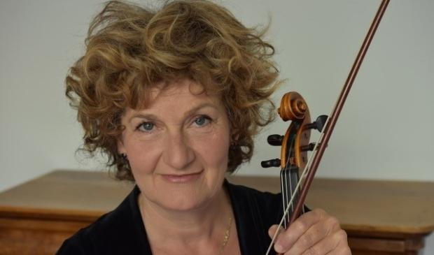 <p>Violiste Marijn Mijnders is te horen in alle drie de stukken.</p>
