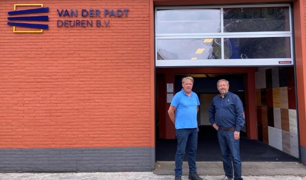 <p>Aart van der Padt (links) en Gerrit van der Padt (rechts) begonnen twintig jaar geleden met hun onderneming.</p>