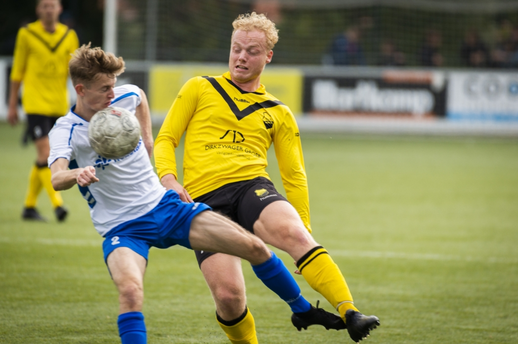 <p>Ivar van Beek in duel met Twan Knul.</p> Pauw Media © BDU media