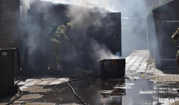 <p>Brand in een schuur aan de Taets van Amerongenweg in Renswoude. </p> AS Media © BDU media