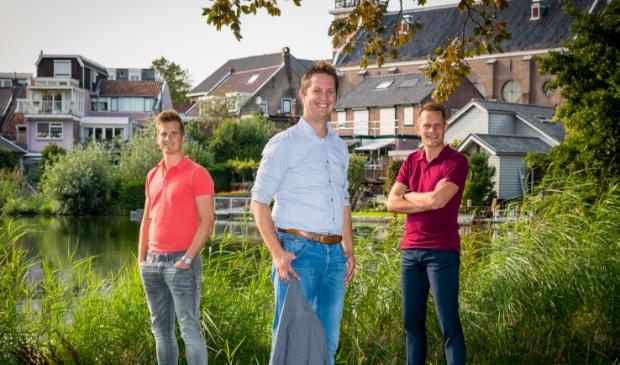 <p>Mathijs Vreeken, Walter Leenheer en Ruben van Mourik kijken welke stap professionals het beste in hun carri&egrave;re kunnen zetten.</p>