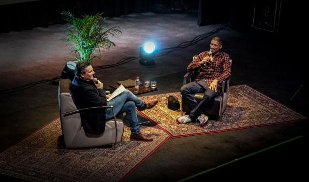 <p>Martin Kuiper interviewt Rico in Zwolle</p>