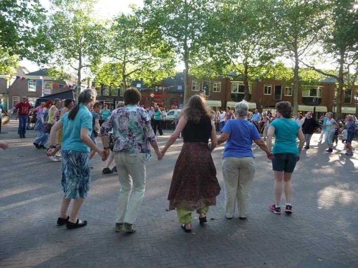 Dansen op het plein