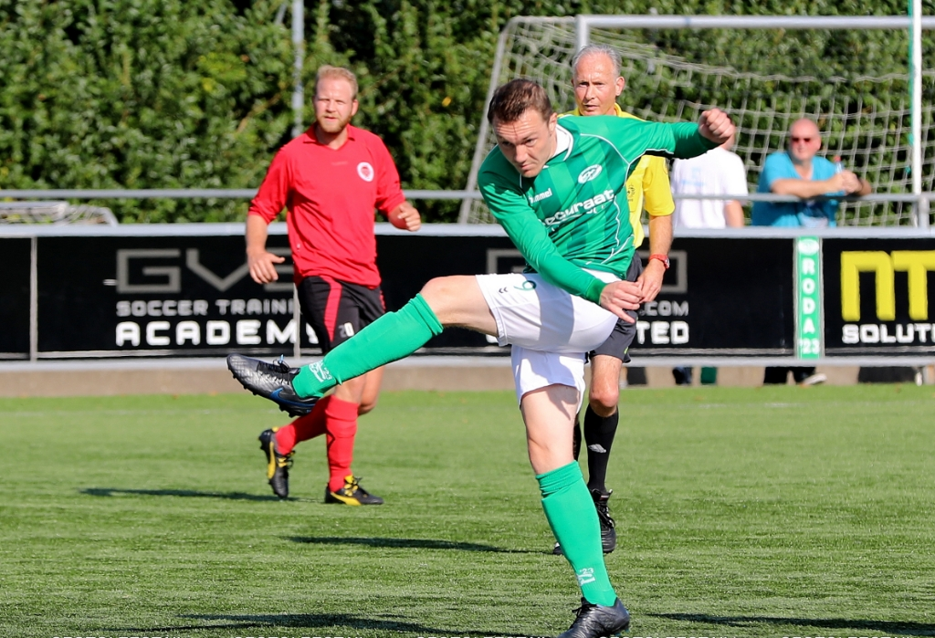 <p>Tim Steij in actie.</p> <p>FotoLeest.nl</p> © BDU media