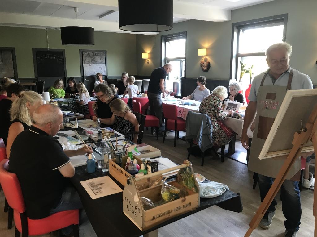 De schilder workshop van Rijk Roor werd goed bezocht Irene Okkerman © BDU media
