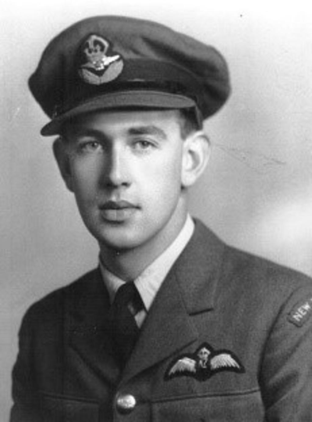 <p>Jack Lunn</p> <p>Sky of Hope Vliegeniersmuseum</p> © BDU Media