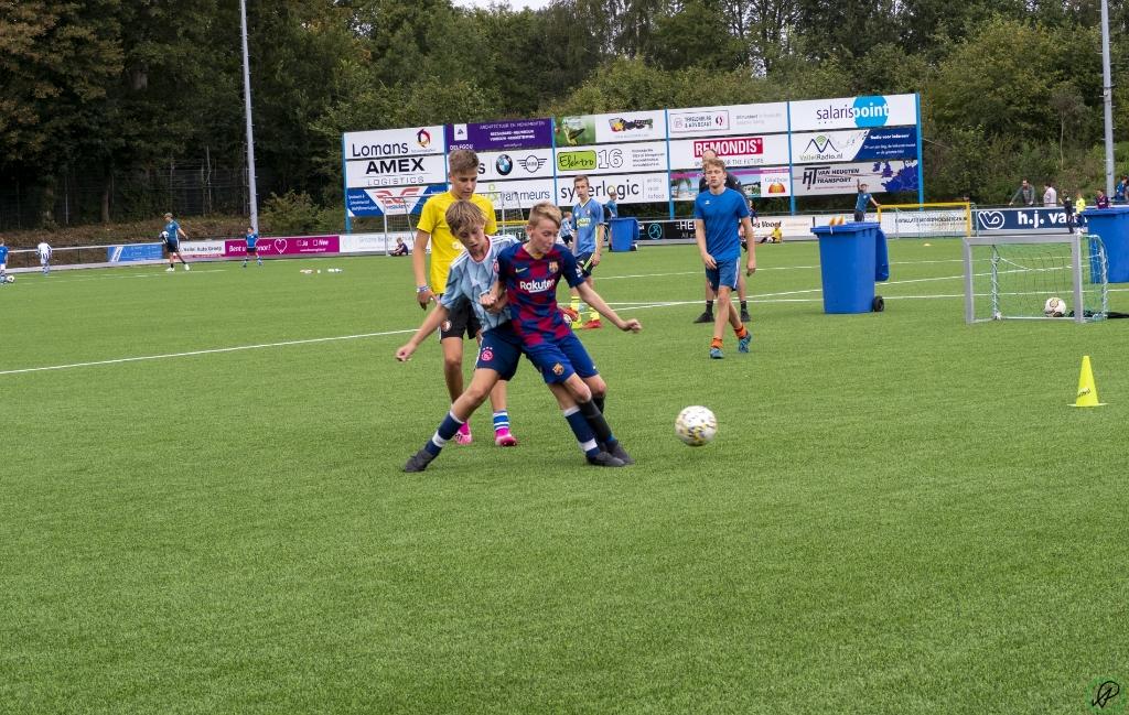 <p>De FC Utrecht Experience Voetbaldag bij vv Scherpenzeel. </p> Fotokring Flits © BDU media