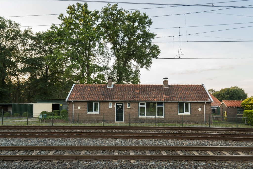 <p>Het spoorhuis uit 1948.</p> <p>Pauw Media</p> © BDU media