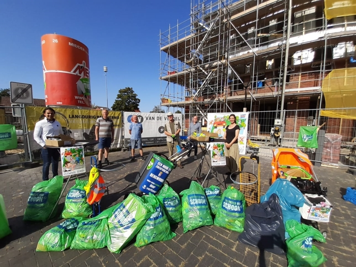 world clean up day in Renswoude Ria van de Bor © BDU media