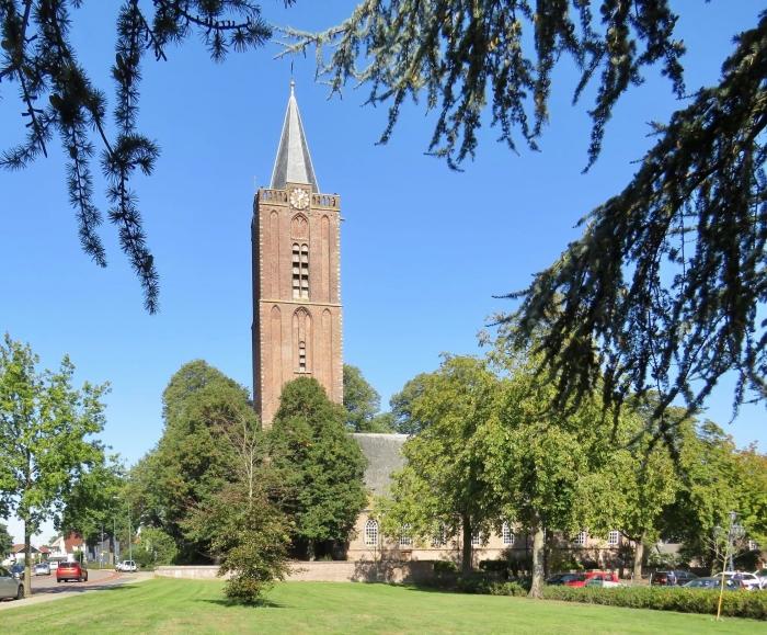 De Oude Kerk, gebouwd omstreeks 1350 Onno Wijchers © BDU media