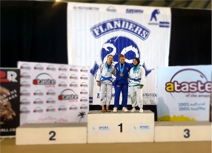 Medaille winnaars samen op het podium Flanders Cup © BDU Media