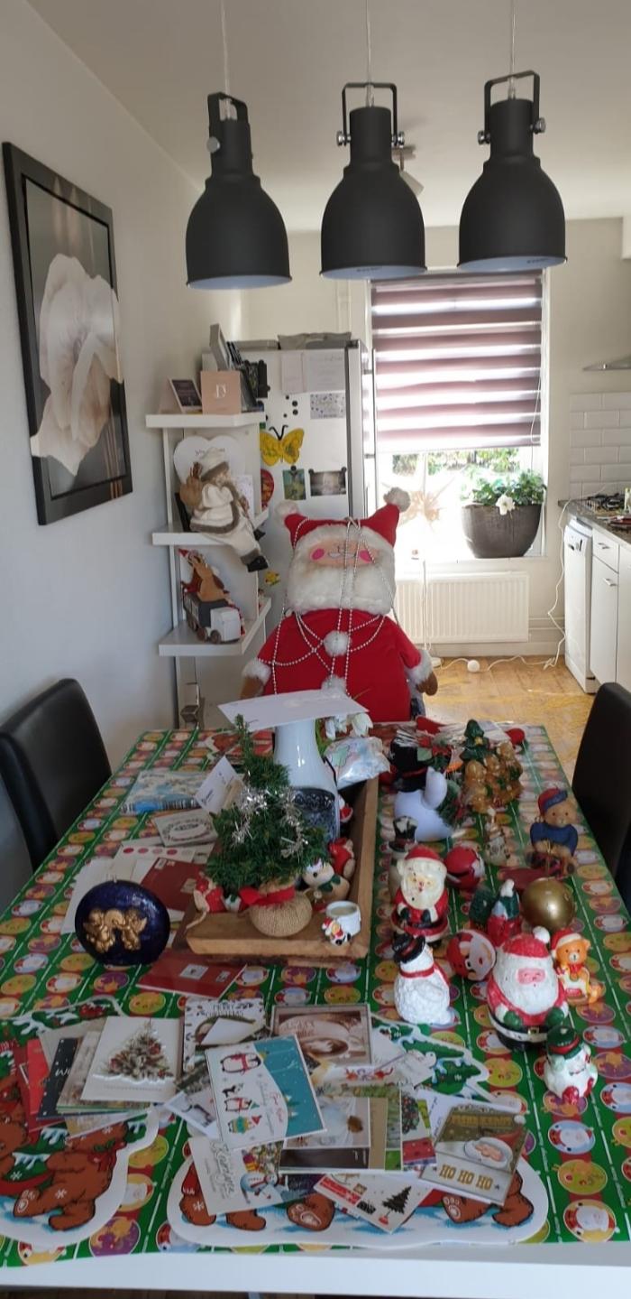 Woonkamer in Kerstsfeer L. Honders-van Ramshorst © BDU media