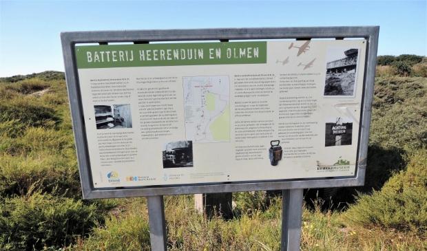 <p>In het kustgebied bevinden zich de zware geschuts- en vuurleidingsbunkers van kustbatterij Heerenduin en luchtdoelbatterij Olmen uit de Tweede Wereldoorlog.</p>