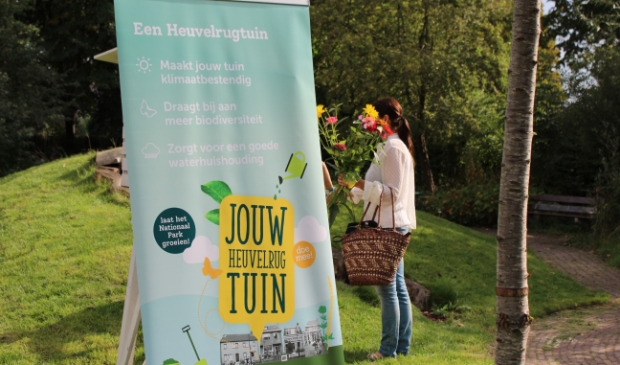<p>Opening tweede Heuvelrug (voorbeeld)tuin bij Groene Inval Baarn.</p> IVN © BDU media