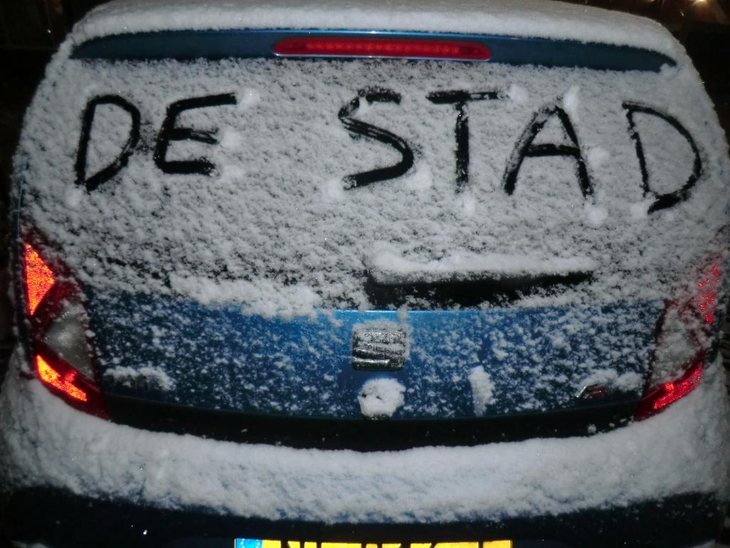 <p>Schrijven op de auto.</p> Remco van de Kamp © BDU Media