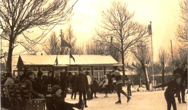 <p>&nbsp;Foto van de &nbsp;oude ijsbaan in Wijk a.&nbsp;</p>