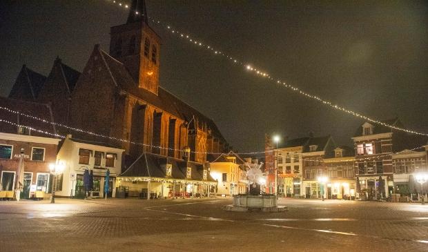 <p>De Hof is leeg tijdens de eerste avondklok in Amersfoort</p>