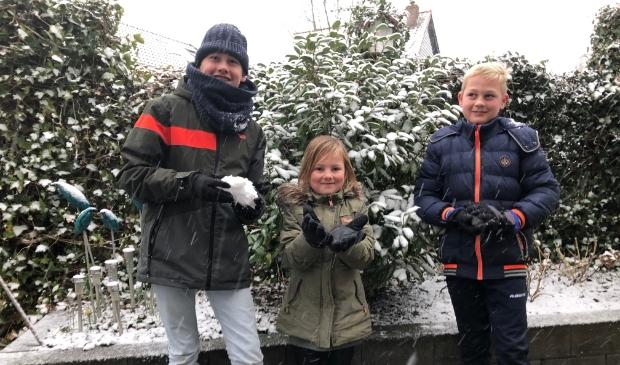 Sneeuw achtertuin