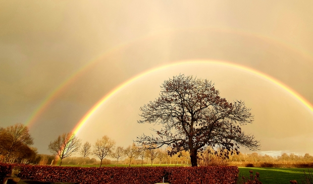 <p>Een prachtige regenboog in Bunnik Rhijnauwen</p>