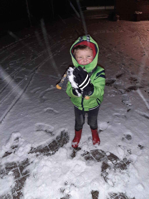 <p>Spelen in de sneeuw.</p> Lysanne Simonsz © BDU Media