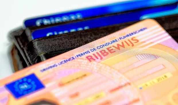 <p>Vanaf 1 oktober kan verlenging van het rijbewijs digitaal worden aangevraagd</p>
