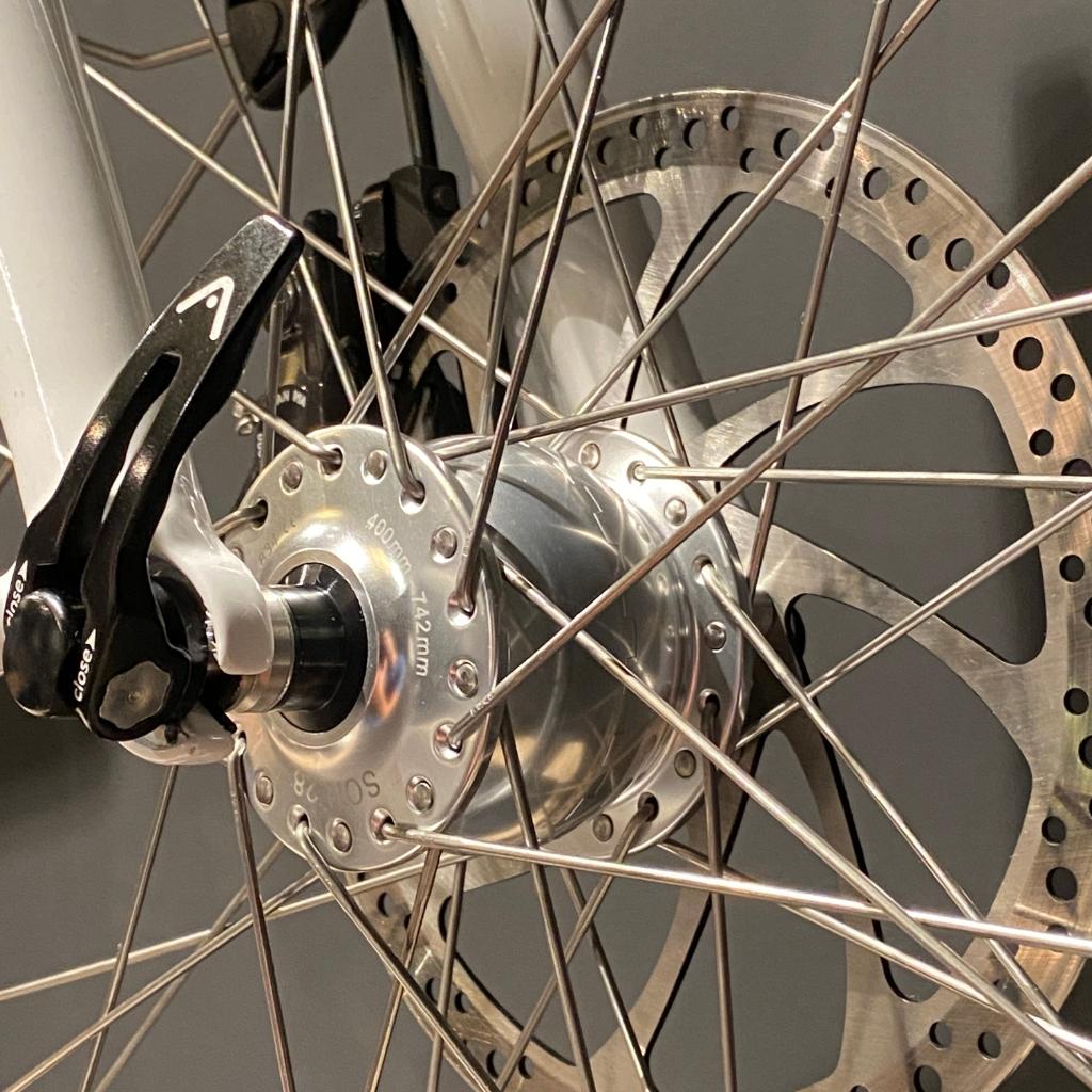 Son hub dynamo Santos Bikes © BDU media