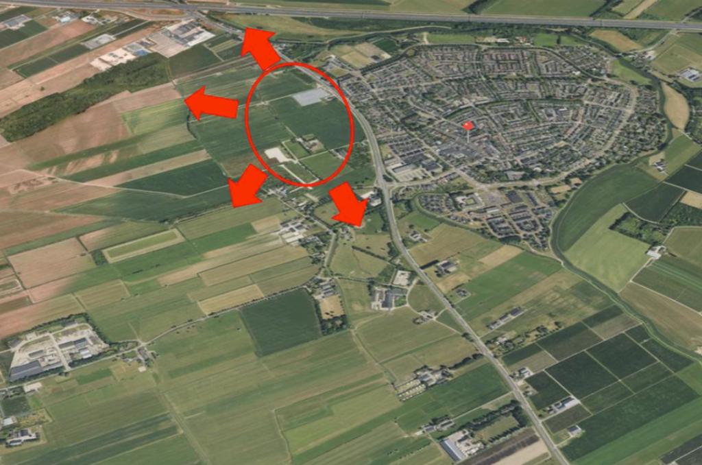 <p>Het zoekgebied voor de 1000 woningen. De pijlen betekenen dat er nog een bepaalde kant op kan worden geschoven.</p> Webina gemeente Bunnik © BDU media