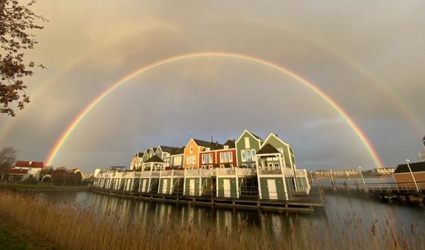 <p>Een prachtige regenboog boven Houten-Zuid</p>