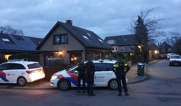 <p>De politieauto&#39;s werden elders geparkeerd</p>