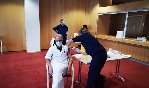 <p>IC-verpleegkundige Reinier had de primeur in het Amstelveense ziekenhuis.</p>