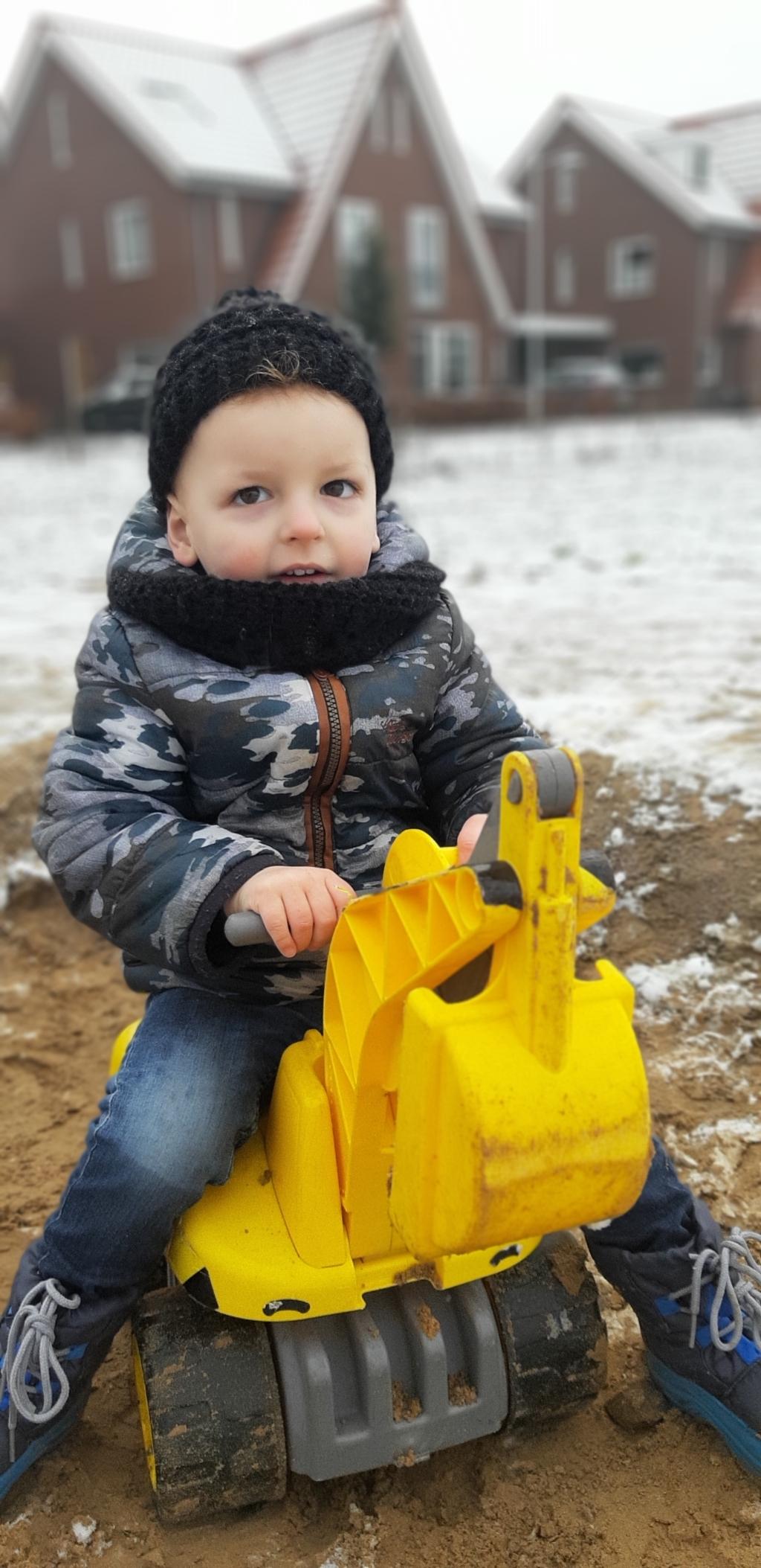 <p>Genieten van de winter.</p> Celine Brattinga © BDU Media