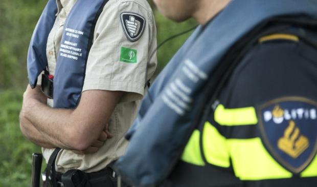 <p>Controle door Staatsbosbeheer op de Utrechtse Heuvelrug</p>