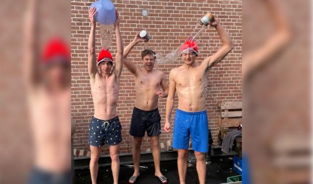 Drie thuis duik helden
