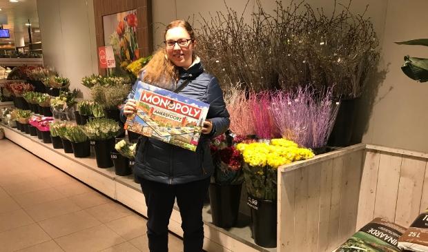 <p>Carlijn Stolvoort en Marianne Mesu wonnen het Amersfoorts Monopolyspel, nadat ze De Stad Amersfoort volgden op Facebook. </p>