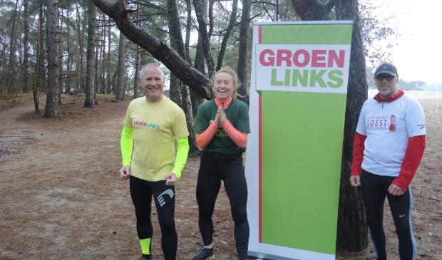 Ties de Ruijter (l) fractievoorzitter van GroenLinks samen met Rosalie en Jan