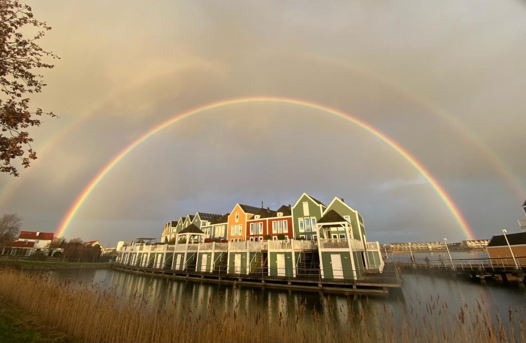 <p>Regenboog boven Houten Zuid</p> <p>Berend-Jan</p> © BDU media