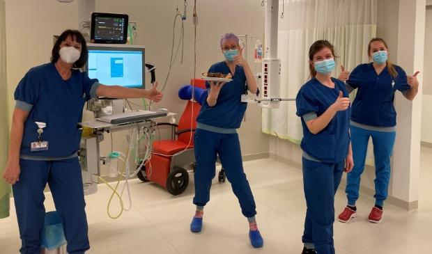 <p>De medewerkers van de COVID-IC in het UMC Utrecht zijn heel blij met de actie van de Oranjebuurt</p>