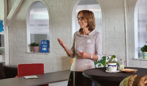 presentatie mw Carla Dik-Faber tijdens start Duurzaamheidsweek Veenendaal